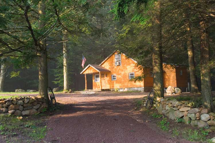 1 Bed Short Term Rental Cabin kunkletown