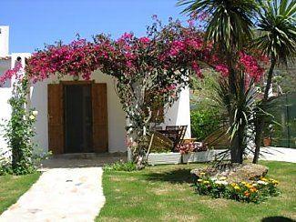 2 Bed Short Term Rental Villa Cagliari