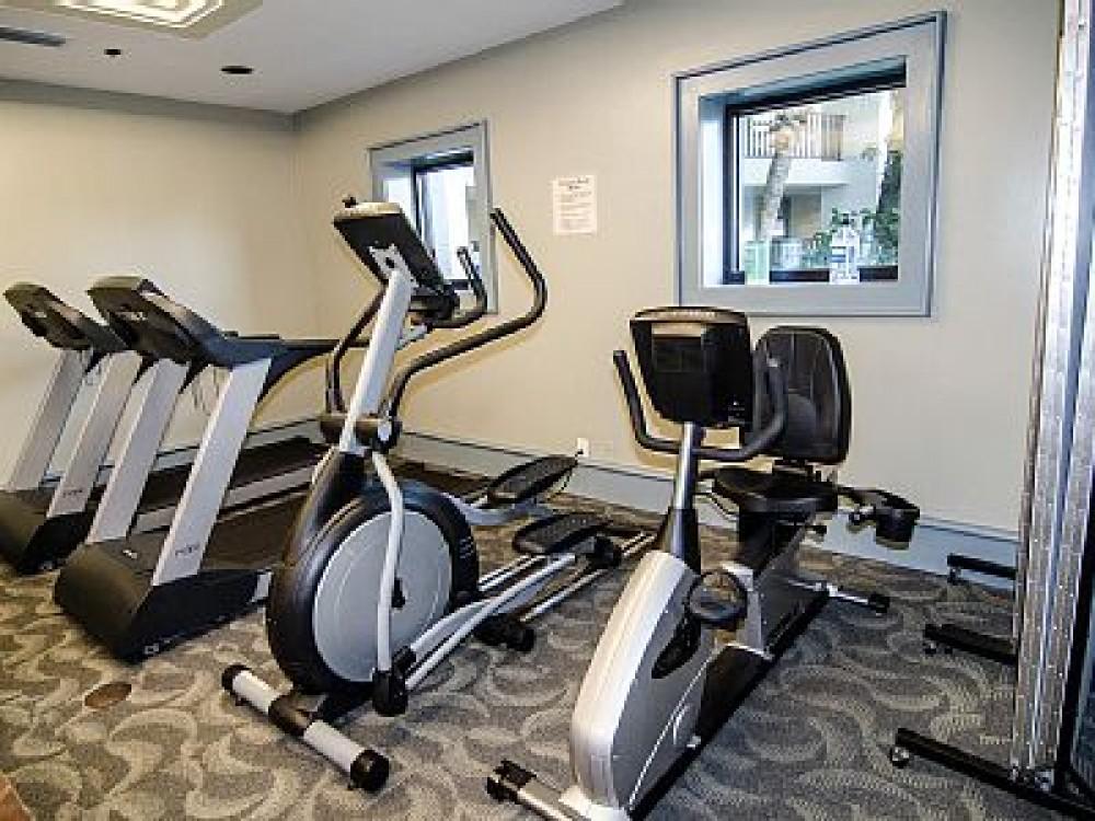 Luau Resort-6th Floor-Unit 6634- Efficiency