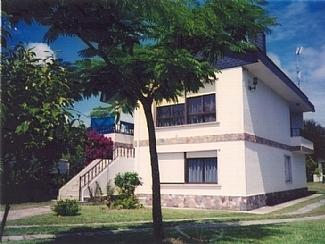 5 Bed Short Term Rental Villa Cangas
