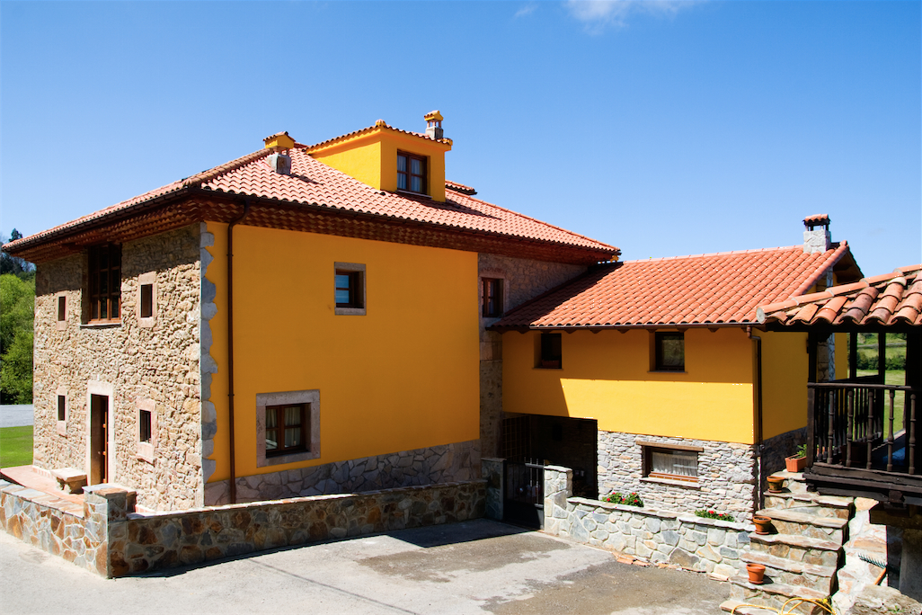 6 Bed Short Term Rental House Soto del Barco