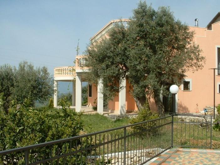 2 Bed Short Term Rental Villa Gerace