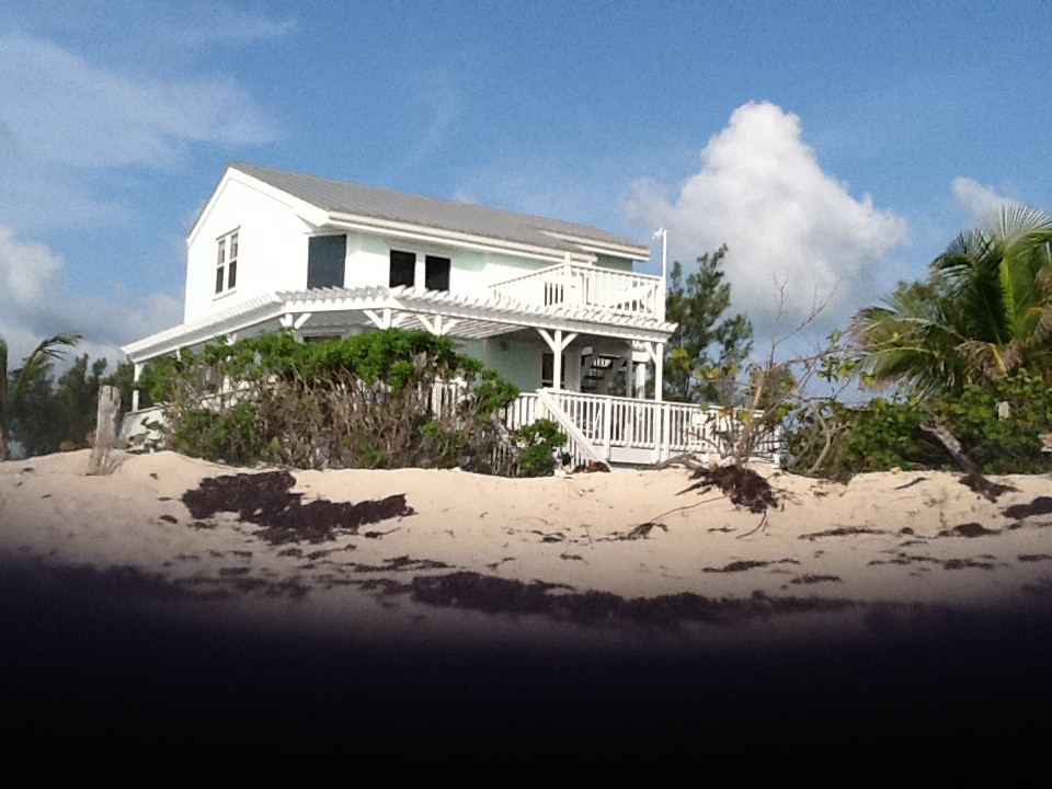 Private Beach Home, Directly on the Atlantic with Ocean Kayaks