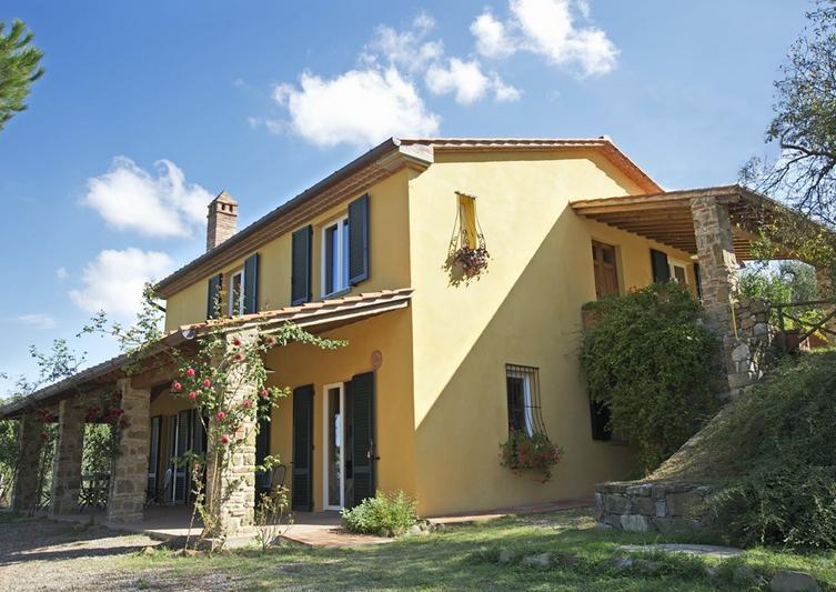 6 Bed Short Term Rental Villa Lucignano