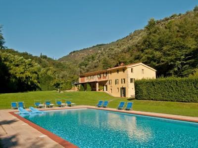 4 Bed Short Term Rental Villa San Martino