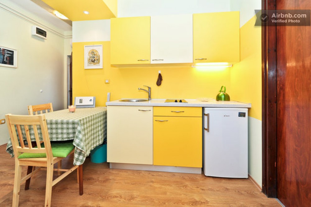 Kitchen 1 green apartment Airbnb Alternative Zadar Dalmatia Rentals