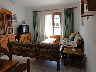 Peaceful Location, 5 Minutes Walk To The Beach And Leisure