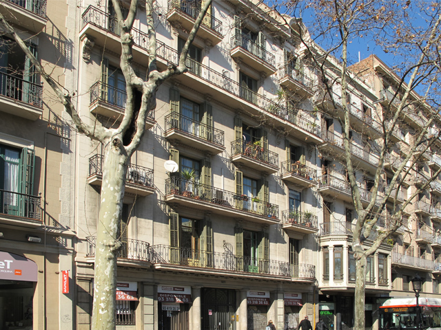 4 Bed Short Term Rental Apartment Barcelona