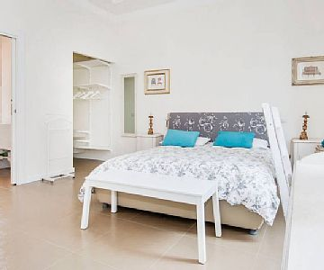 2 Bed Short Term Rental Apartment Rome