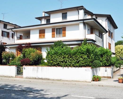 3 Bed Short Term Rental Apartment Mantova