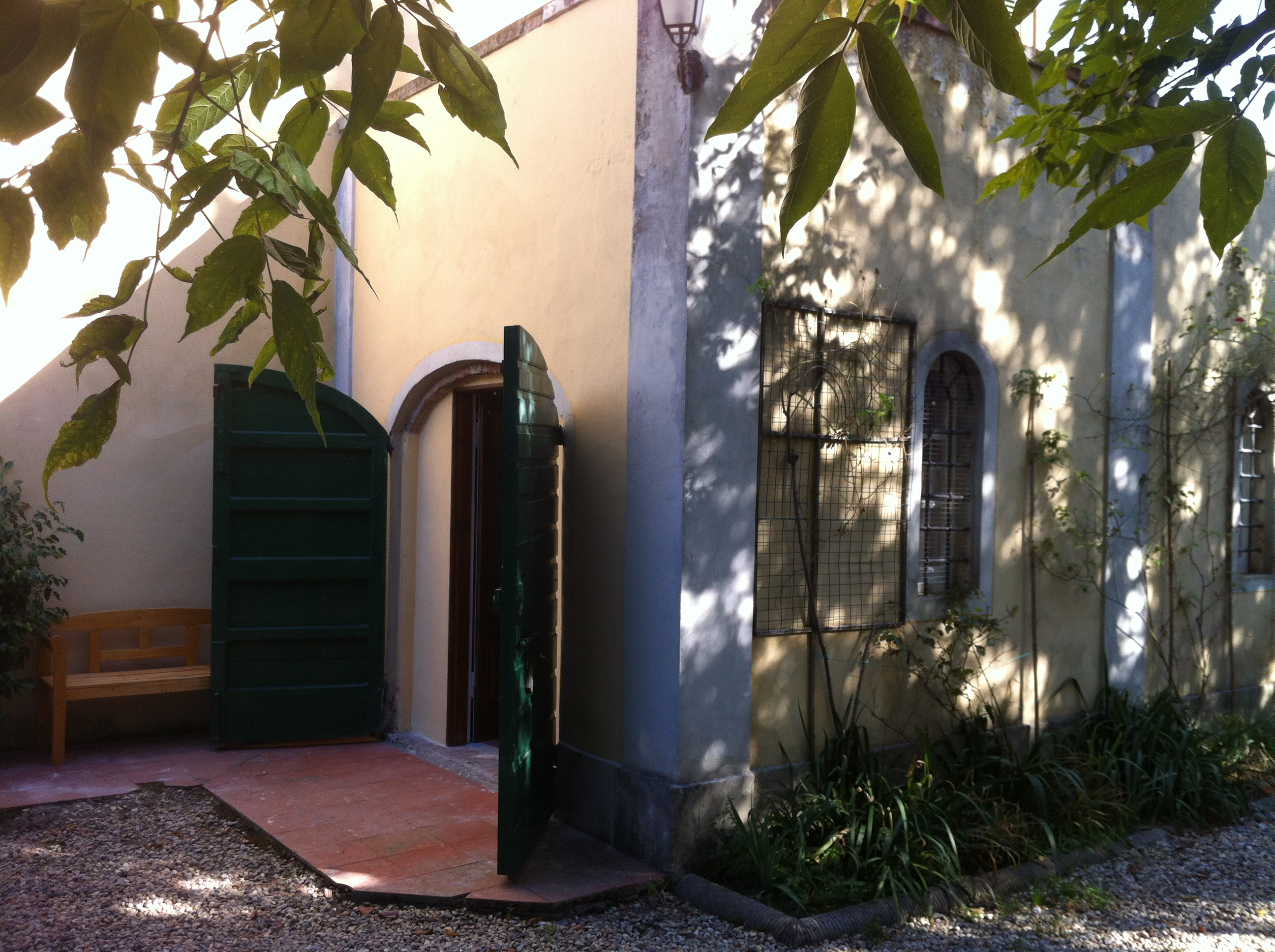 1 Bed Short Term Rental Villa Lucca