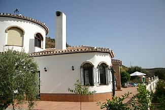 3 Bed Short Term Rental Villa Torrox Area