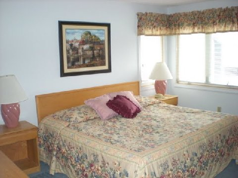 3 Bed Short Term Rental Condo ludlow