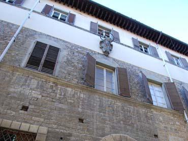 5 Bed Short Term Rental Apartment Florence