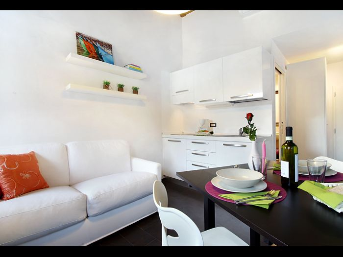 0 Bed Short Term Rental Apartment Florence