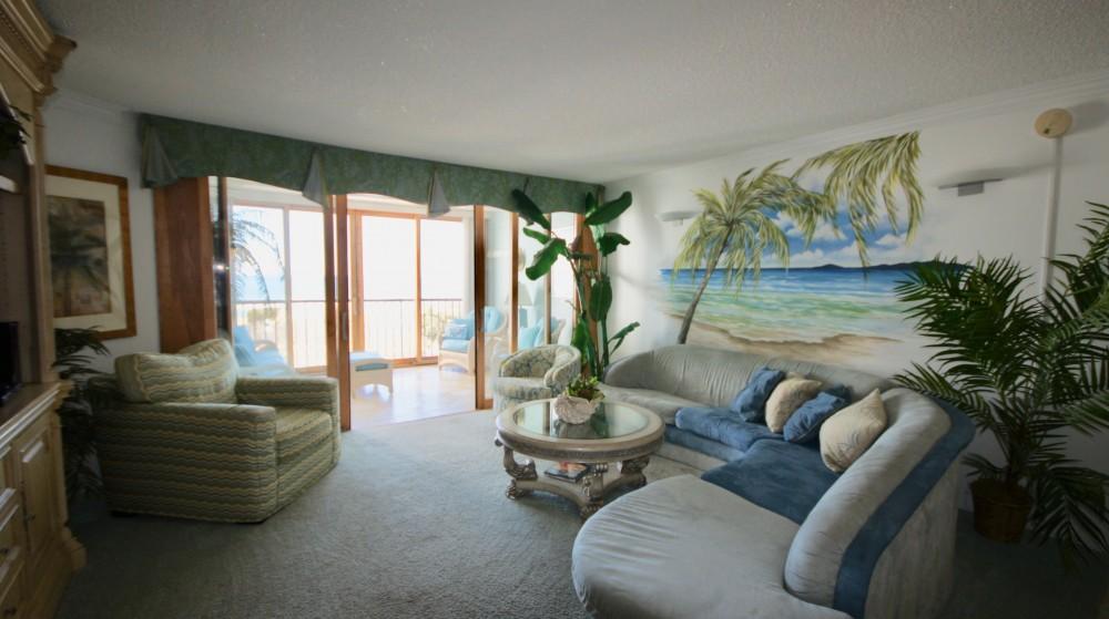 1C Ocean Front 2 Bedroom Condo