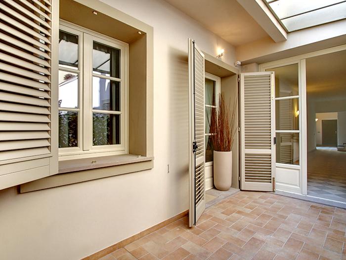 1 Bed Short Term Rental Apartment Florence