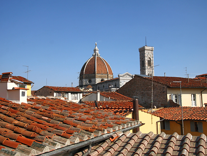 4 Bed Short Term Rental Apartment Florence