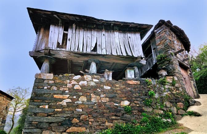 Casa Corral - Monon Holiday Rentals