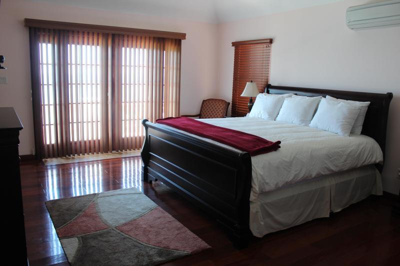 Hamilton Parish vacation House rental