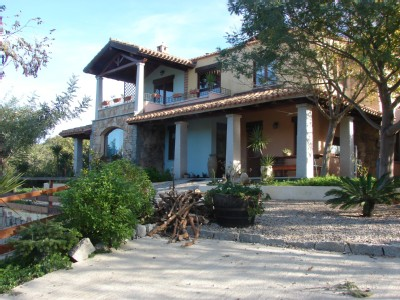 A LARGE VACATION HOME AT MARINA DI CARDEDU