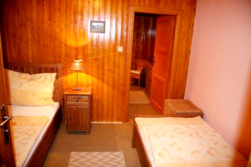 Large Attractive Country Cottage - Svaty Hostyn Holiday Rentals