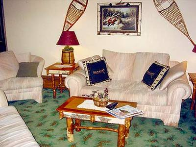 Adirondacks 2 Bedroom Suite