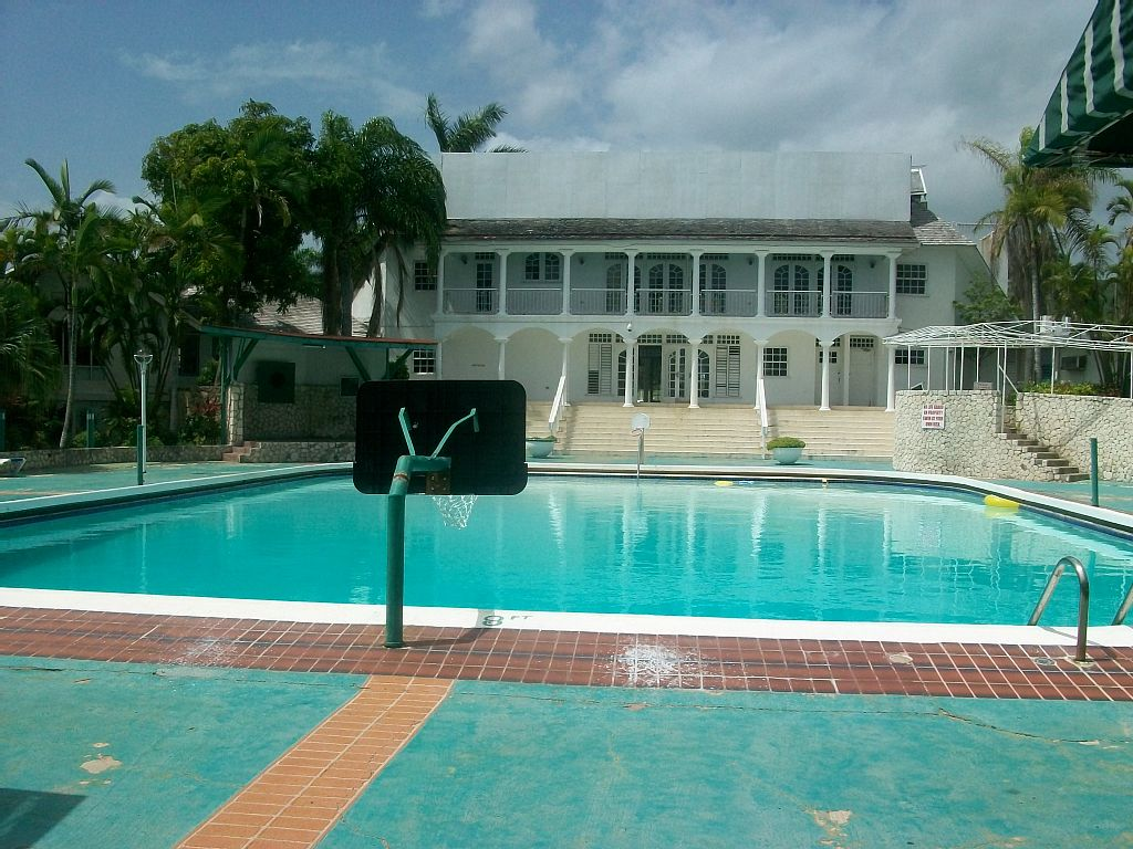 Seacastles Vacation Penthouse - Rose Hall Holiday Rentals
