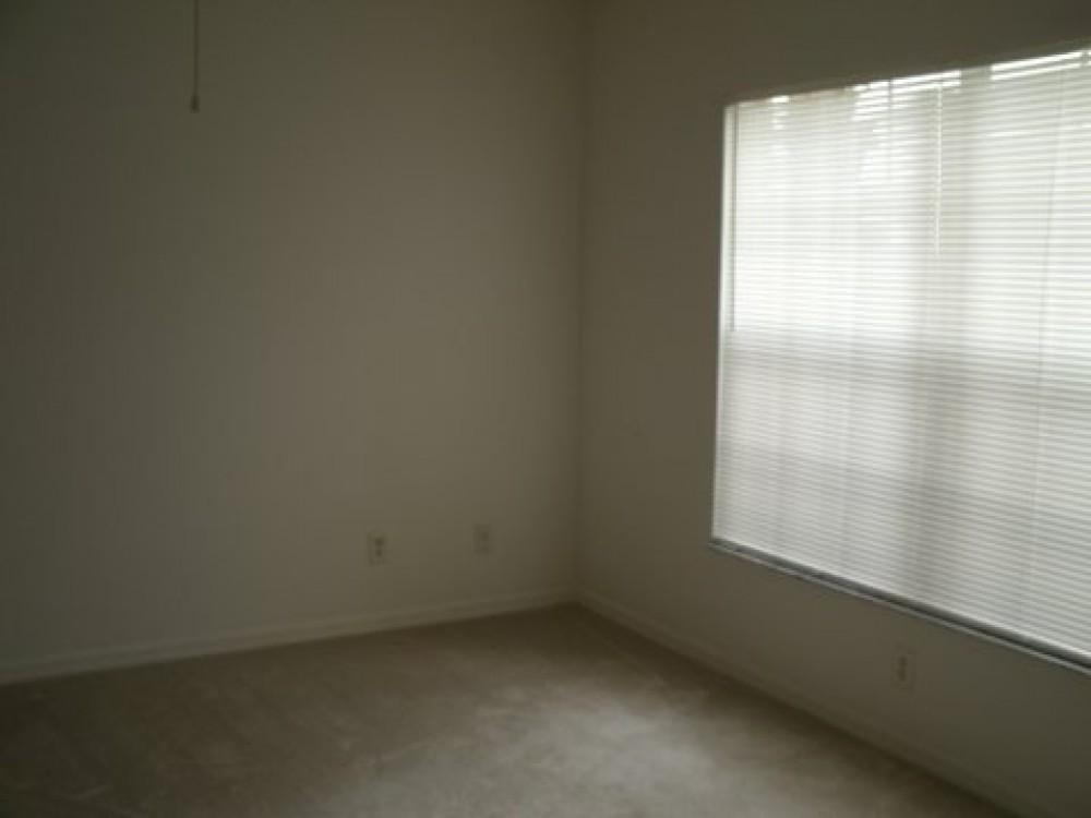 Beautiful 3 bedroom, 2.5 bath beach condo