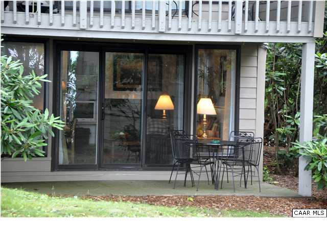 2 Bed Short Term Rental Condo wintergreen