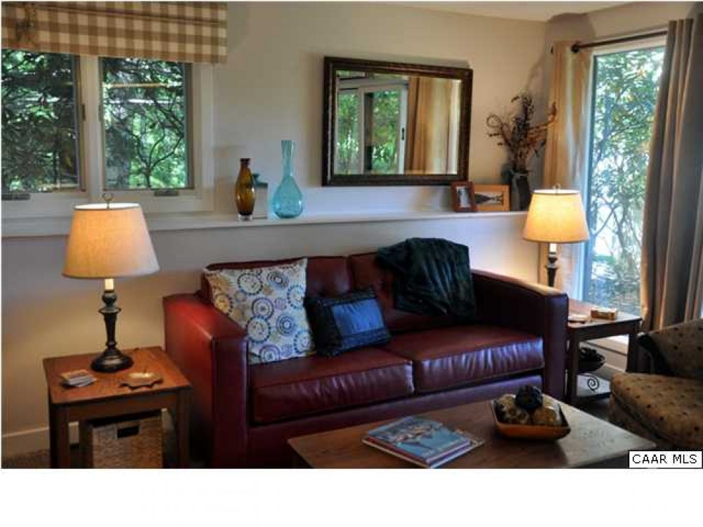 2 bedroom 2 bath condo located in Blue Ridge Mountains