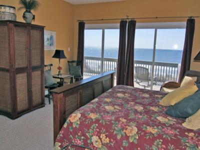 6 Bed Short Term Rental House north topsail beach