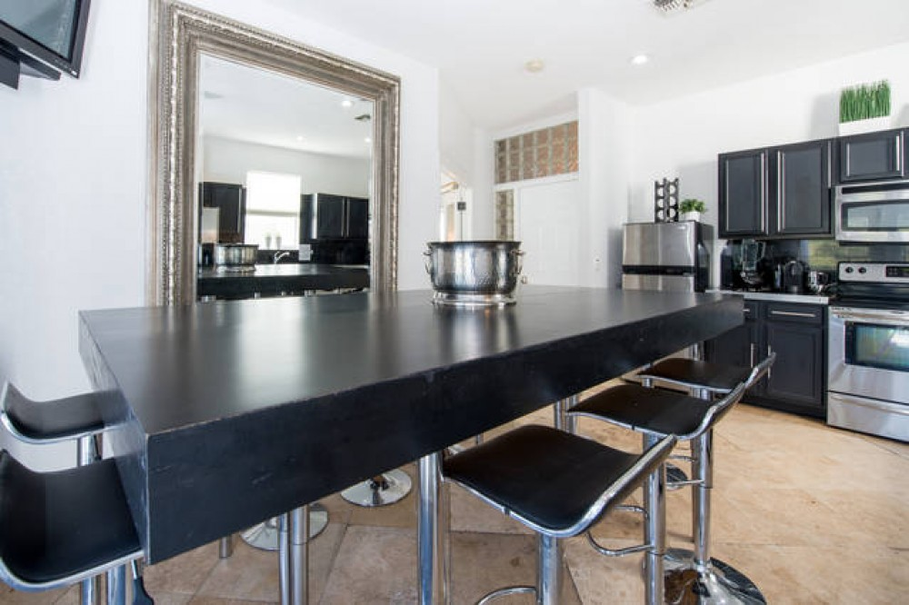 Modern Kitchen Design Davenport vacation home