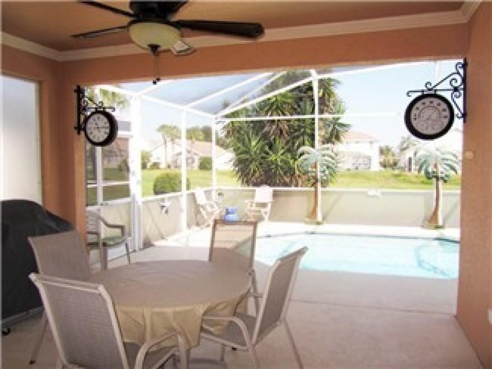 Vacation Home Property Davenport