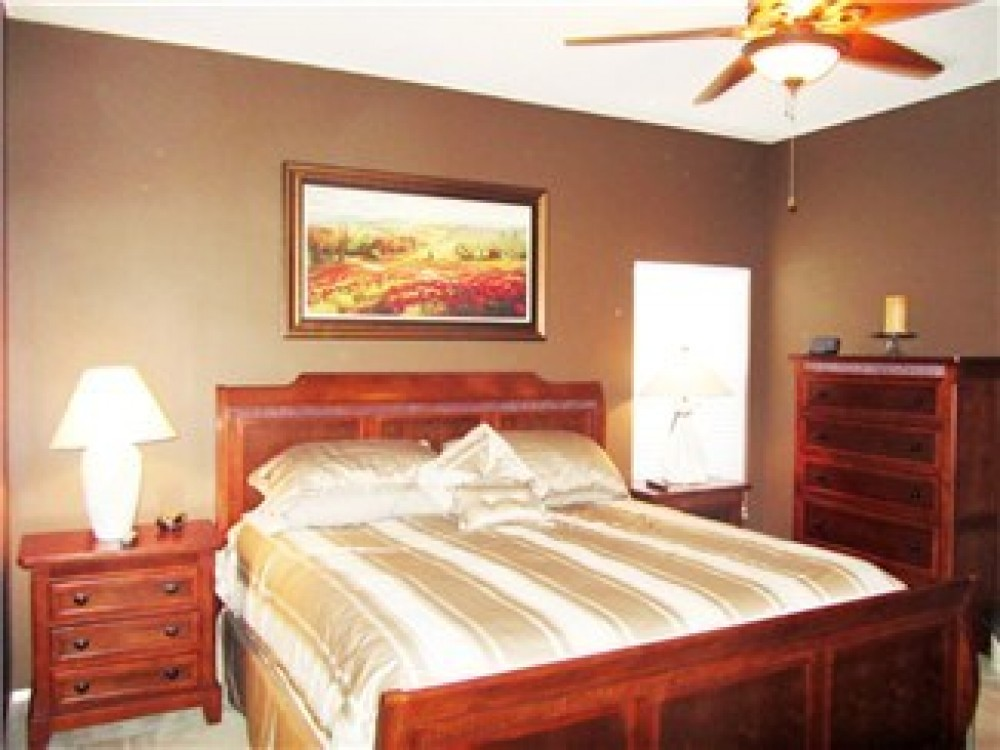 Airbnb Alternative Property in Davenport
