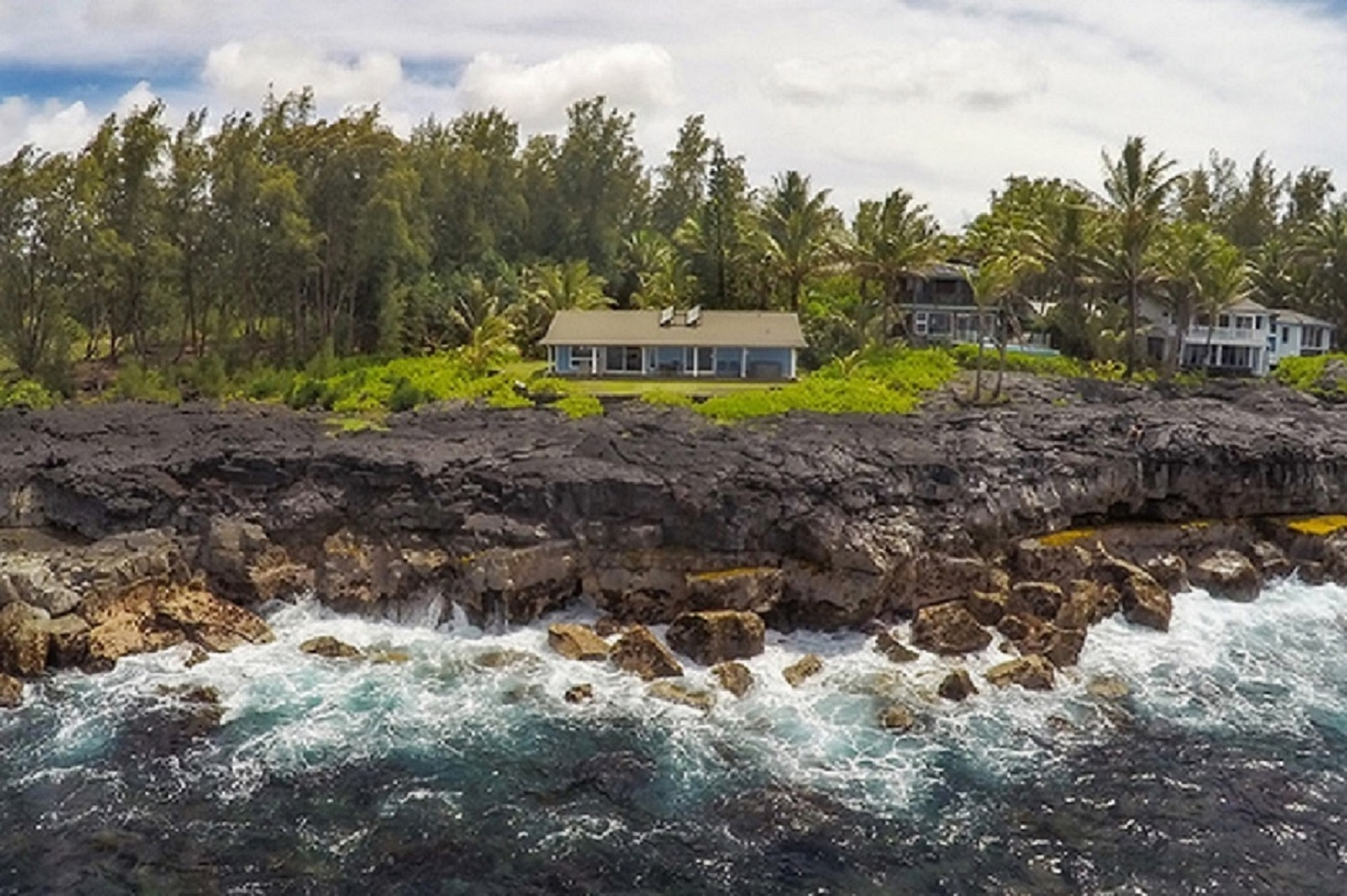 Hilo vacation rental with View of oceanfront Alohahouse from the ocean