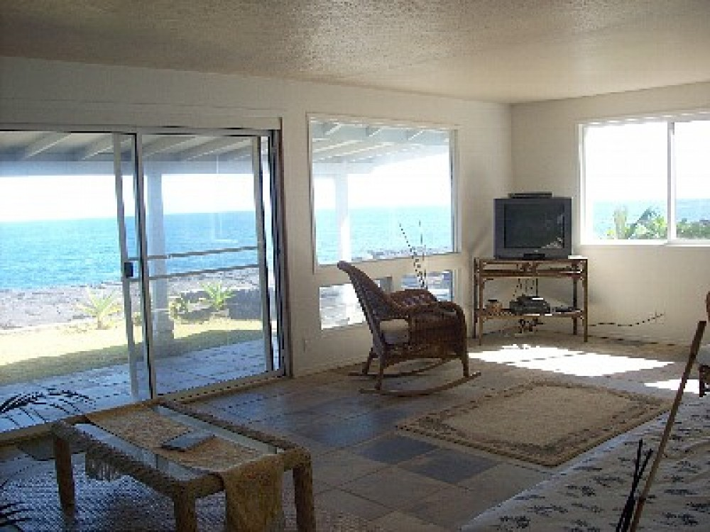 Oceanfront Alohahouse - Live on the Edge of the Blue Pacifc!