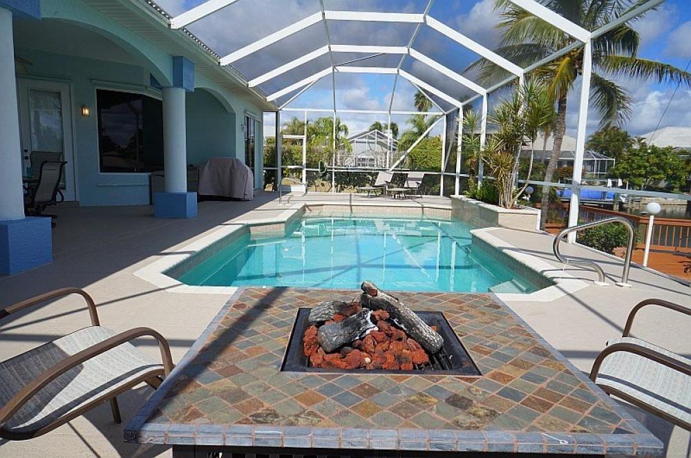 CORAL DREAMS - Cape Coral Vacation Rentals
