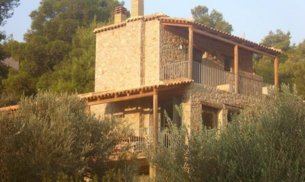Siderona vacation rental with
