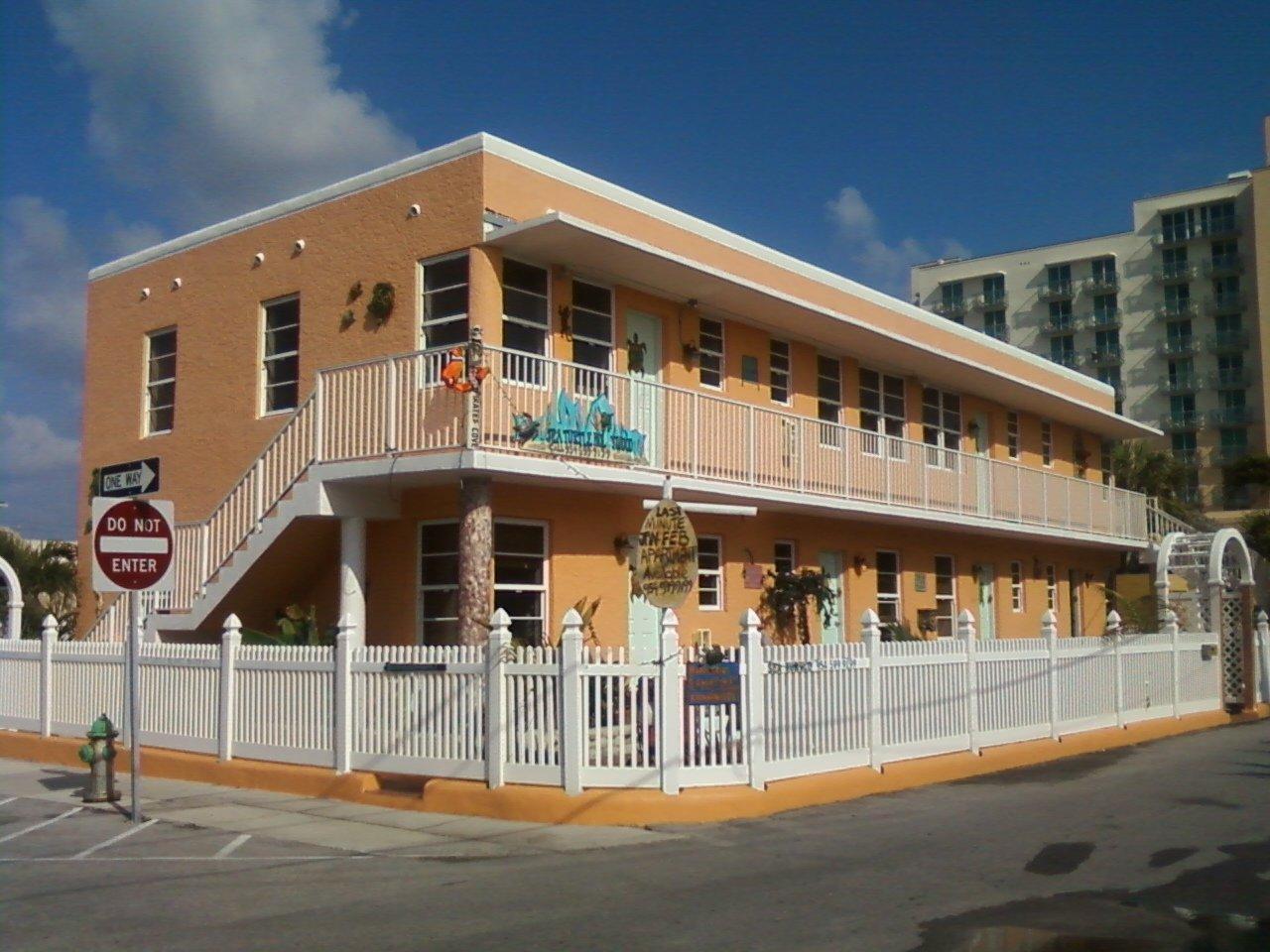 2 Bed Short Term Rental Apartment hollywood beach