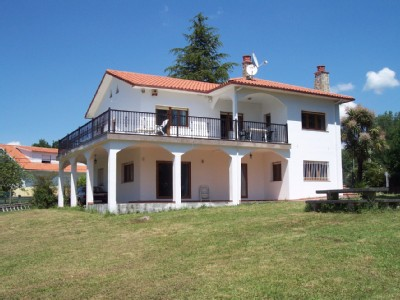 Excellent Villa with Mountain View - Pontevedra Holiday Rentals