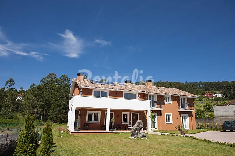 6 Bedrooms Beautiful Villa For 14 Sleeps - Rias Baixas Holiday Rentals
