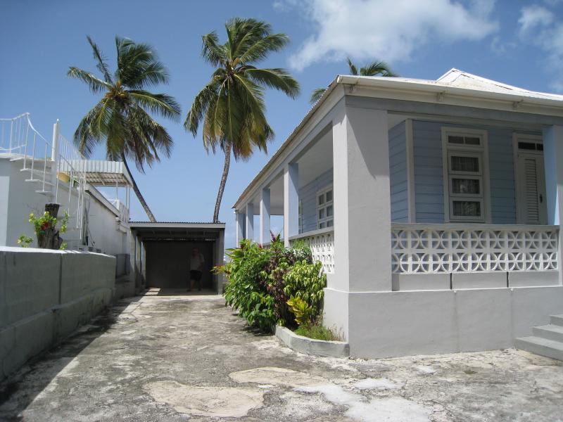 Goodwyn Beach Cottage - Oistins Vacation Rentals