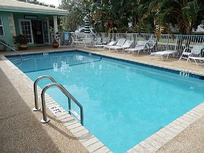 Elegant Studio For 4 Sleeps - Deerfield Beach Vacation Rentals