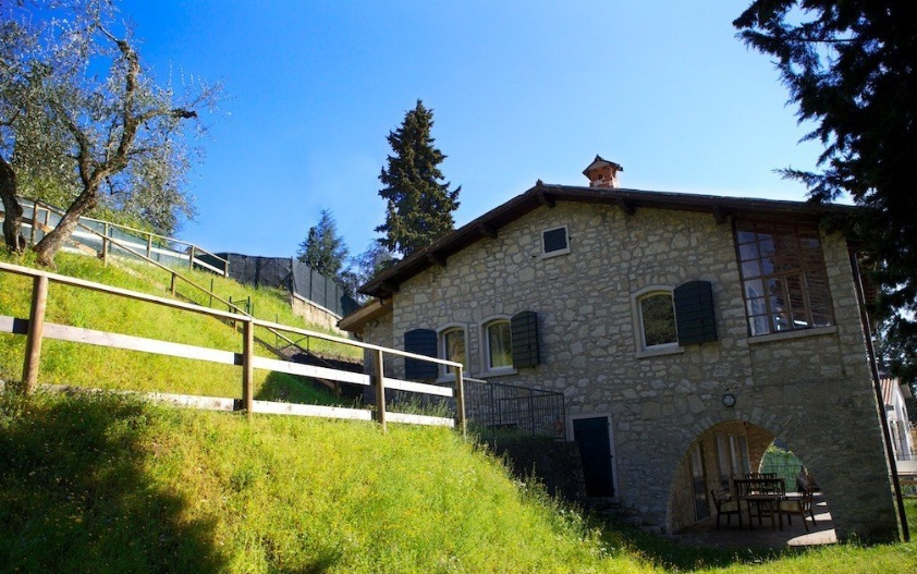 Fully Furnished 1 Bedroom Apartment For 4 Sleeps - Lake Garda Holiday Rentals