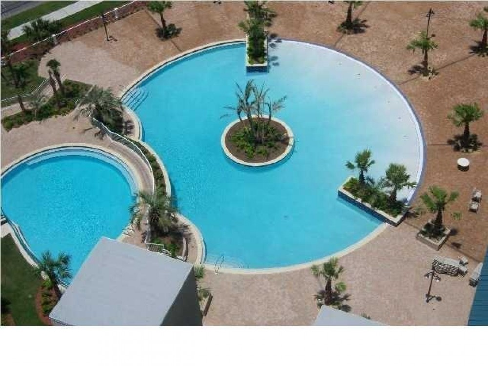 Panama City Beach vacation rental with 5 pools.beautiful resort