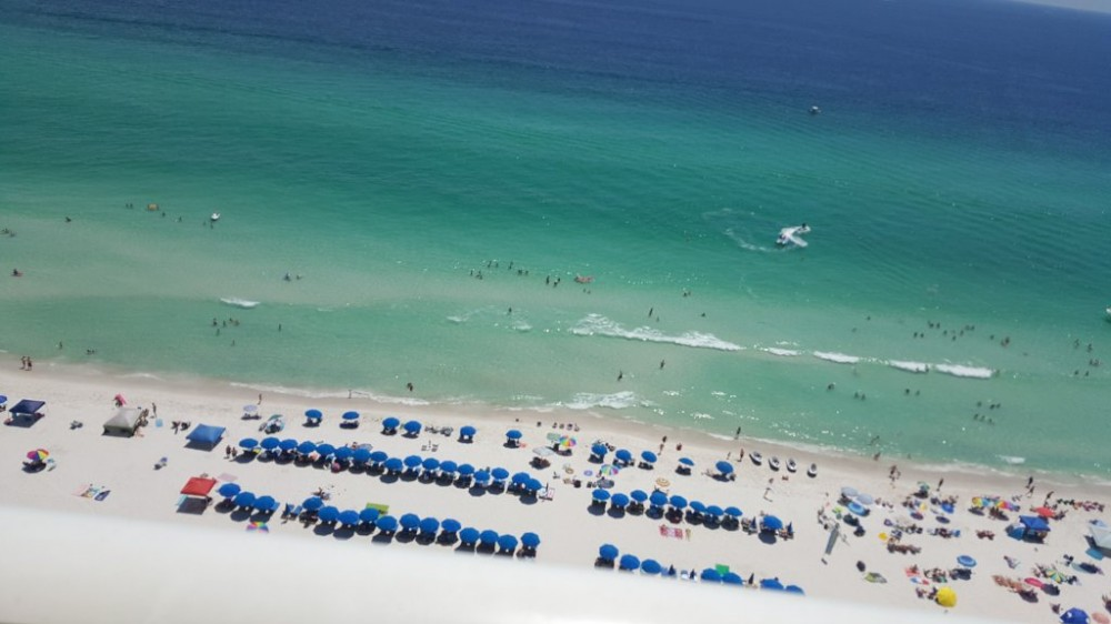 Panama City Beach vacation rental with right on the water