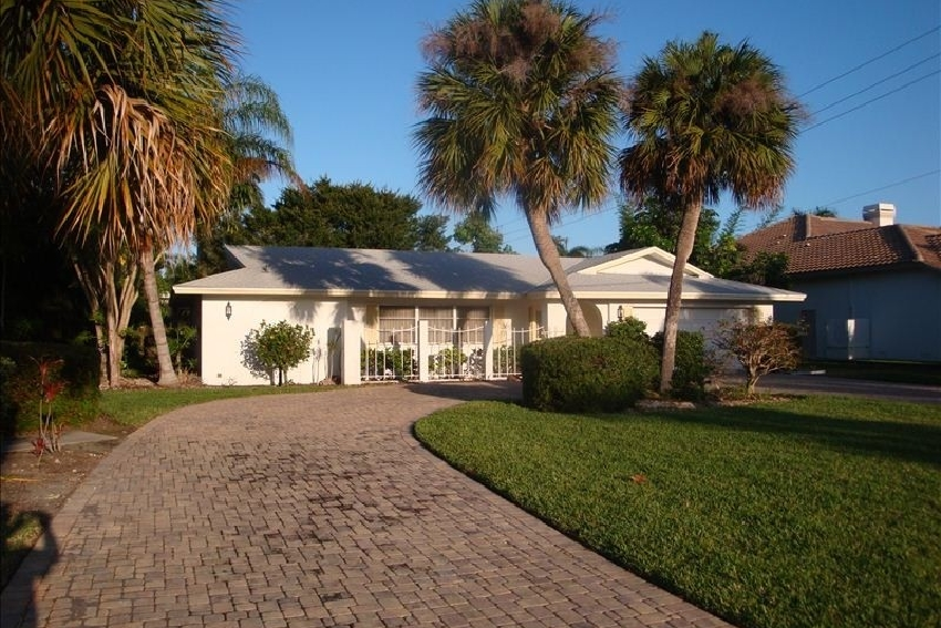 3 Bedrooms House For 8 Sleeps - West Naples Vacation Rentals