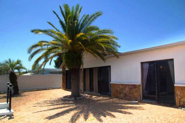 3 Bed Short Term Rental House holiday