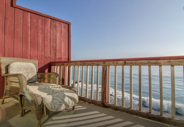 Classy Malibu Oceanfront house on Moon Shadows Beach - Malibu Vacation Rentals